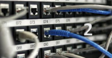 2025年までにNTT固定電話網(PSTN)はIP網へ移行予定。2. IP電話サービス導入方法